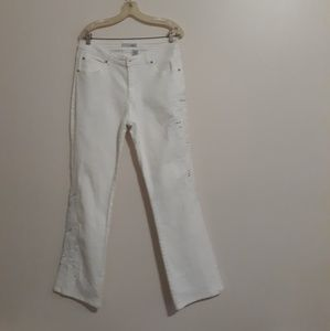 Chico's Platinum Rumba Jeans w/ Embroidery